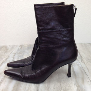 Gucci  Brown Leather Pointed Boots 7B